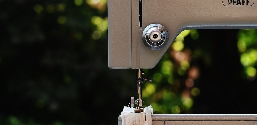 The 6 Best Sewing Machines for Beginners: 2019 Reviews and Guide